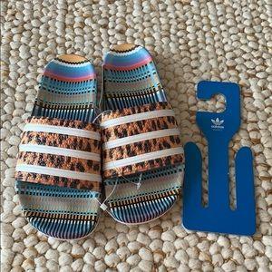 ADIDAS Adilette Leopard Sandals Size 8 NEW